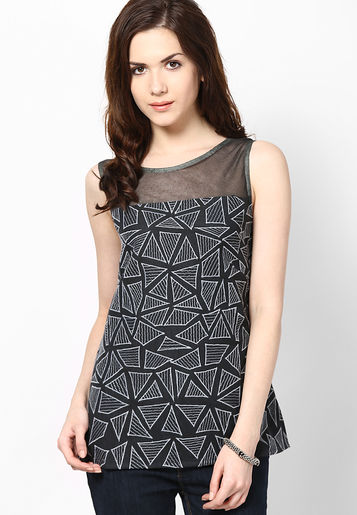 http://www.uplooder.net/img/image/14/6267c751c75dcaa987a04771e6c02e9a/Rena-Love-Black-Top-4073-179945-1-product2.jpg