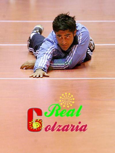 عکس محمدرضا گلزار در در والیبال هنرمندان