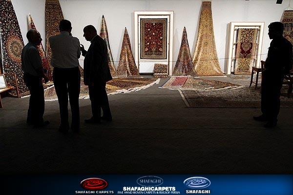 قیمت انواع فرش دستباف و ماشینی shafaghi