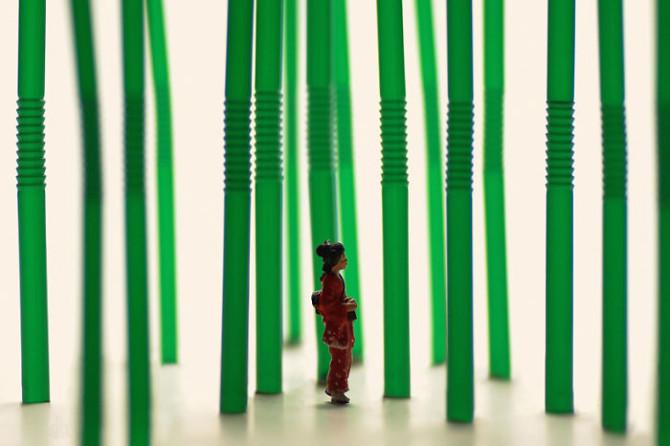 http://www.uplooder.net/img/image/24/7bd900c774eaec8cb049da063a1350d9/diorama-miniature-calendar-art-every-day-tanaka-tatsuya-210-670x446.jpg