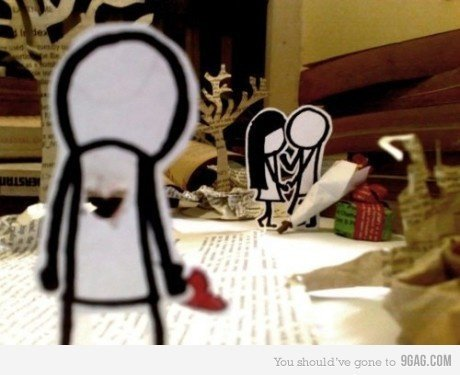http://www.uplooder.net/img/image/24/fbe0b50c215ce68e3f0b817c41cf2a42/broken-hearts-when-love-makes-us-stupid.jpg