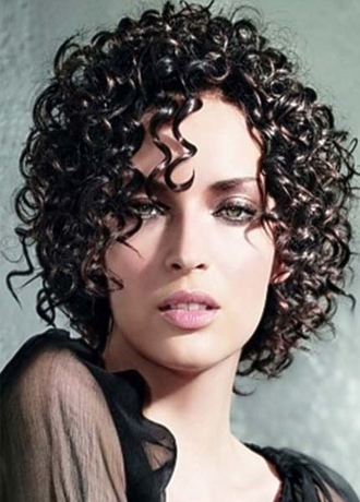 http://www.uplooder.net/img/image/25/5e27915e508c88f9c23ccc1bbce428e2/2014-curly-hairstyles-trends.jpg