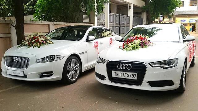 [تصویر:  flower-bridal-car-decoration-audi.jpg]