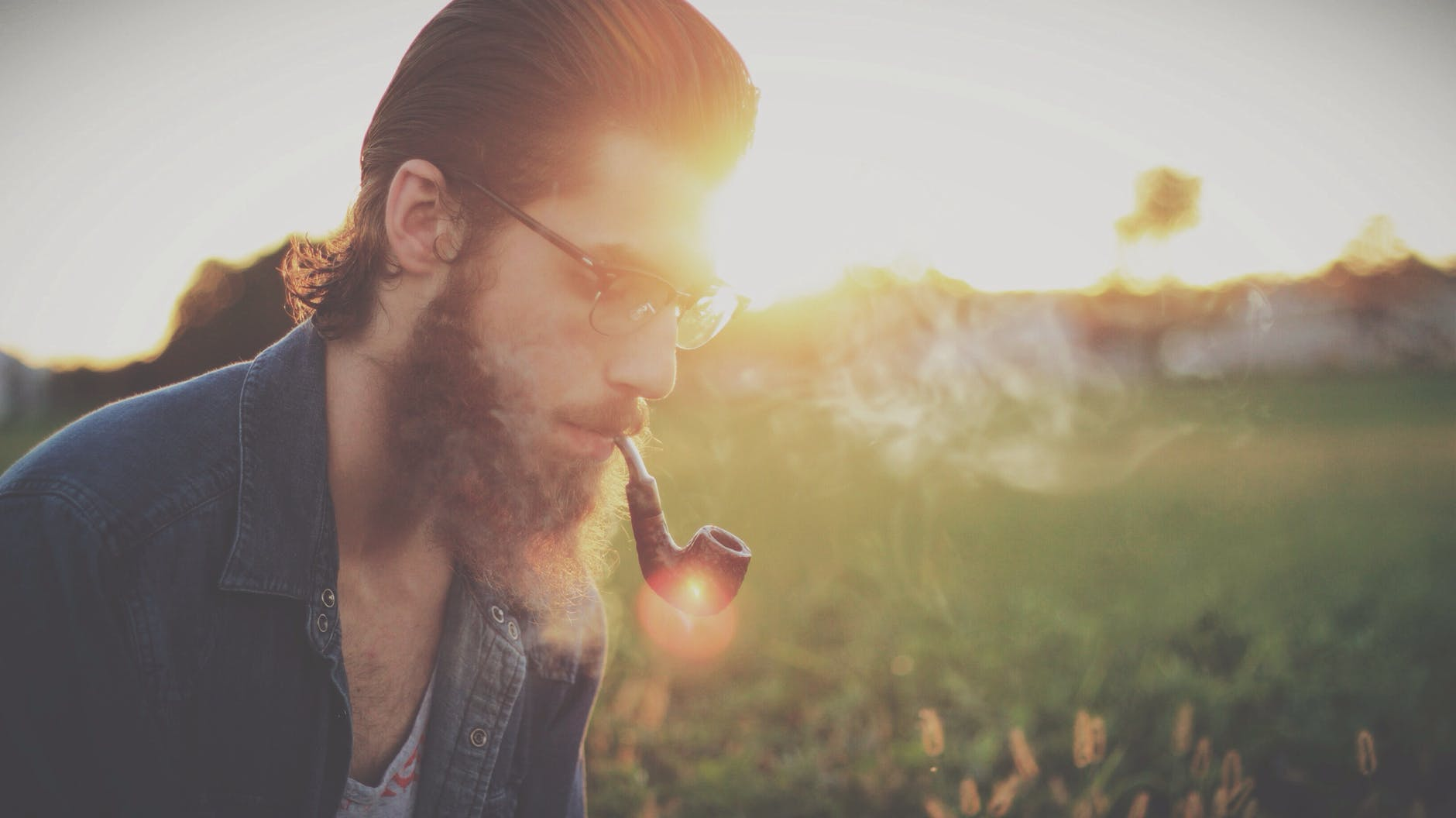 [تصویر:  sunset-summer-hipster-pipe.jpg]