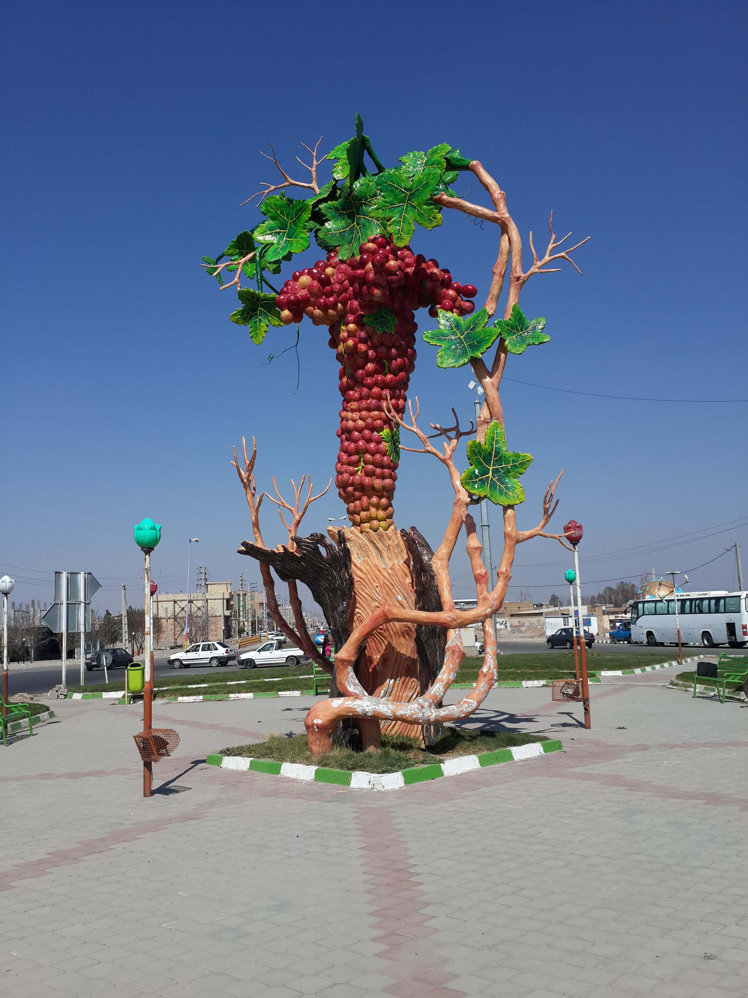 میدان انگور ملکان