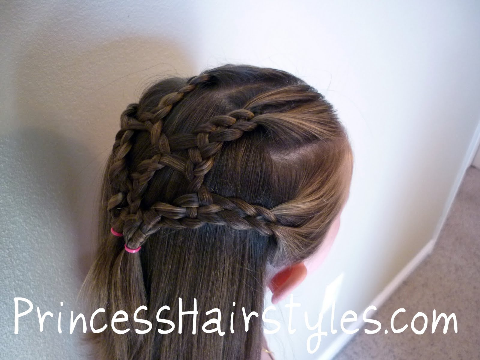 http://www.uplooder.net/img/image/47/0e8ff92ce558f748fcb6bf134a47698a/braided_hairstyle.jpg