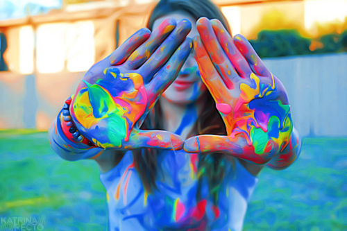 http://www.uplooder.net/img/image/51/bf69d30fd465bf1df1a24226d0ffa497/colourful-fight-paint-quality-Favim.com-3073659.jpg