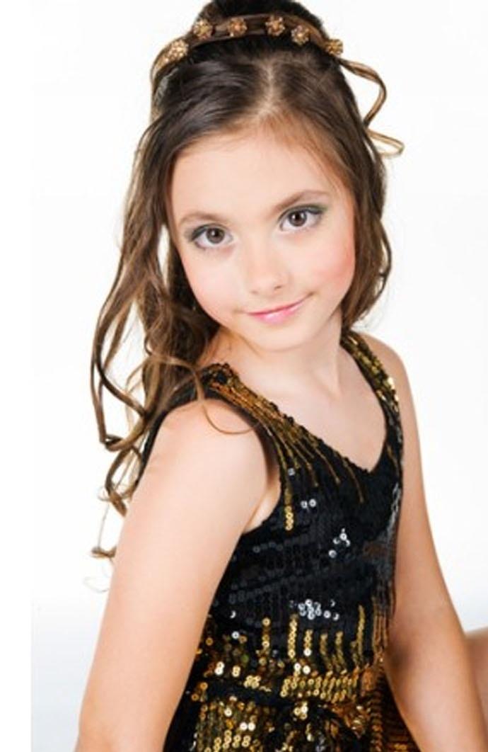 http://www.uplooder.net/img/image/58/5cbe0928fa45f11ea9b571186b7695ce/moo bache 10 www.200model.blogfa.com.jpg  مدل مو های بچگانه دخترانه 93