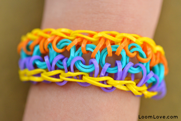 http://www.uplooder.net/img/image/60/4cfb3c5ade5b409f628fe0e6a2489f3d/sun-bracelet-2g.jpg