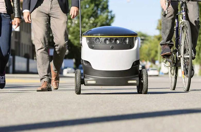در آیندهای نزدیک، روباتها جایگزین انسانها در این ۸ شغل و حرفه میشوند ماشینآلات - 8 Jobs That Will Be Replaced by Robots Soon 06 - در آیندهای نزدیک، روباتها جایگزین انسانها در این ۸ شغل و حرفه میشوند - مجله پرشین تک