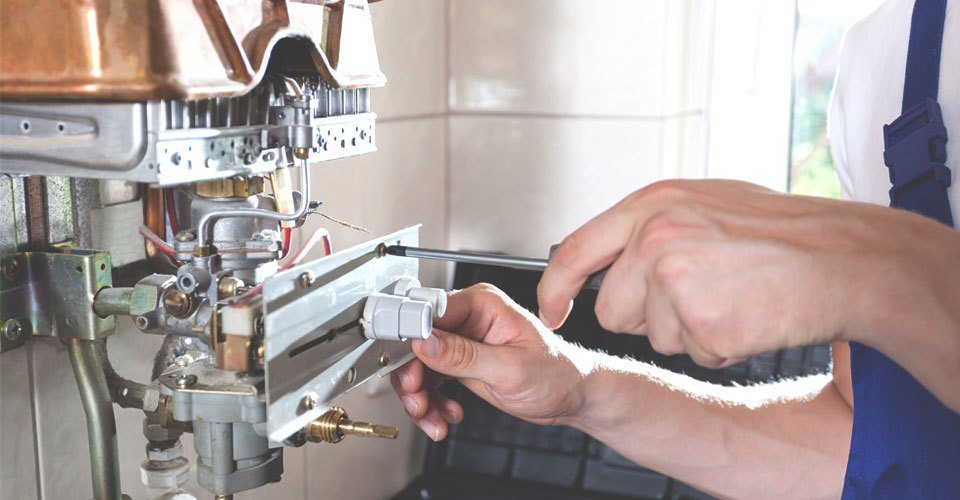https://www.uplooder.net/img/image/63/991c9003767e337abcd040532cdbffd9/Gas-boiler-repairs-960x5010.jpg