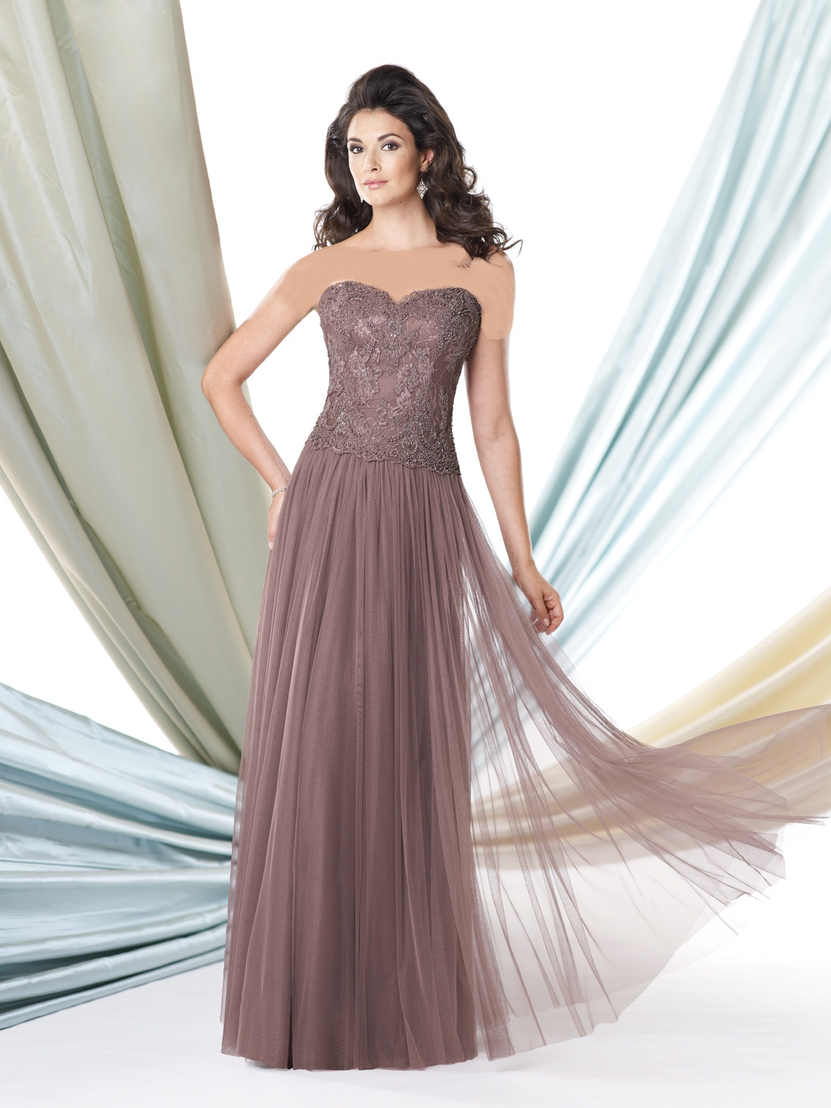 http://www.uplooder.net/img/image/74/2c2f6f3596bfeee04676e95eecb23d42/114912_016_Hero_mother_of_the_bride_dresses_2014.jpg