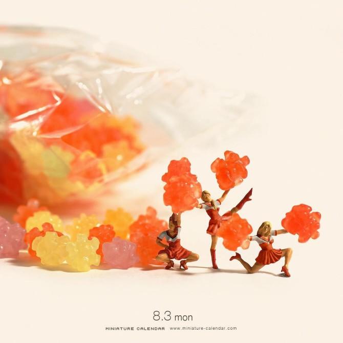 http://www.uplooder.net/img/image/77/4cf9368d58e27abdef733ef7b3402ccb/diorama-miniature-calendar-art-every-day-tanaka-tatsuya-910-670x670.jpg