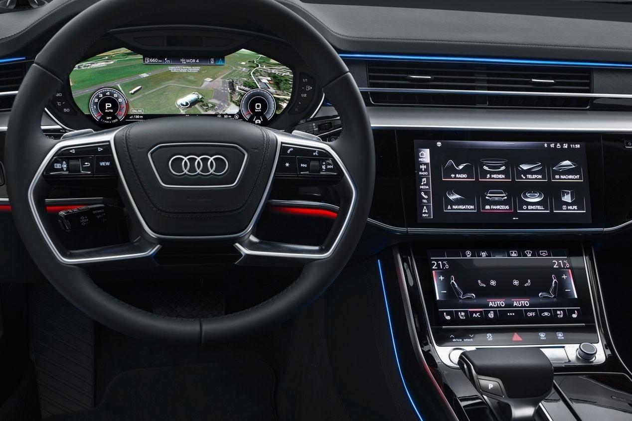 AUDI A8 (2018) بالاترین فناوری پیشرفته ترین اتومبیل تا به حال؟ – تظاهرات