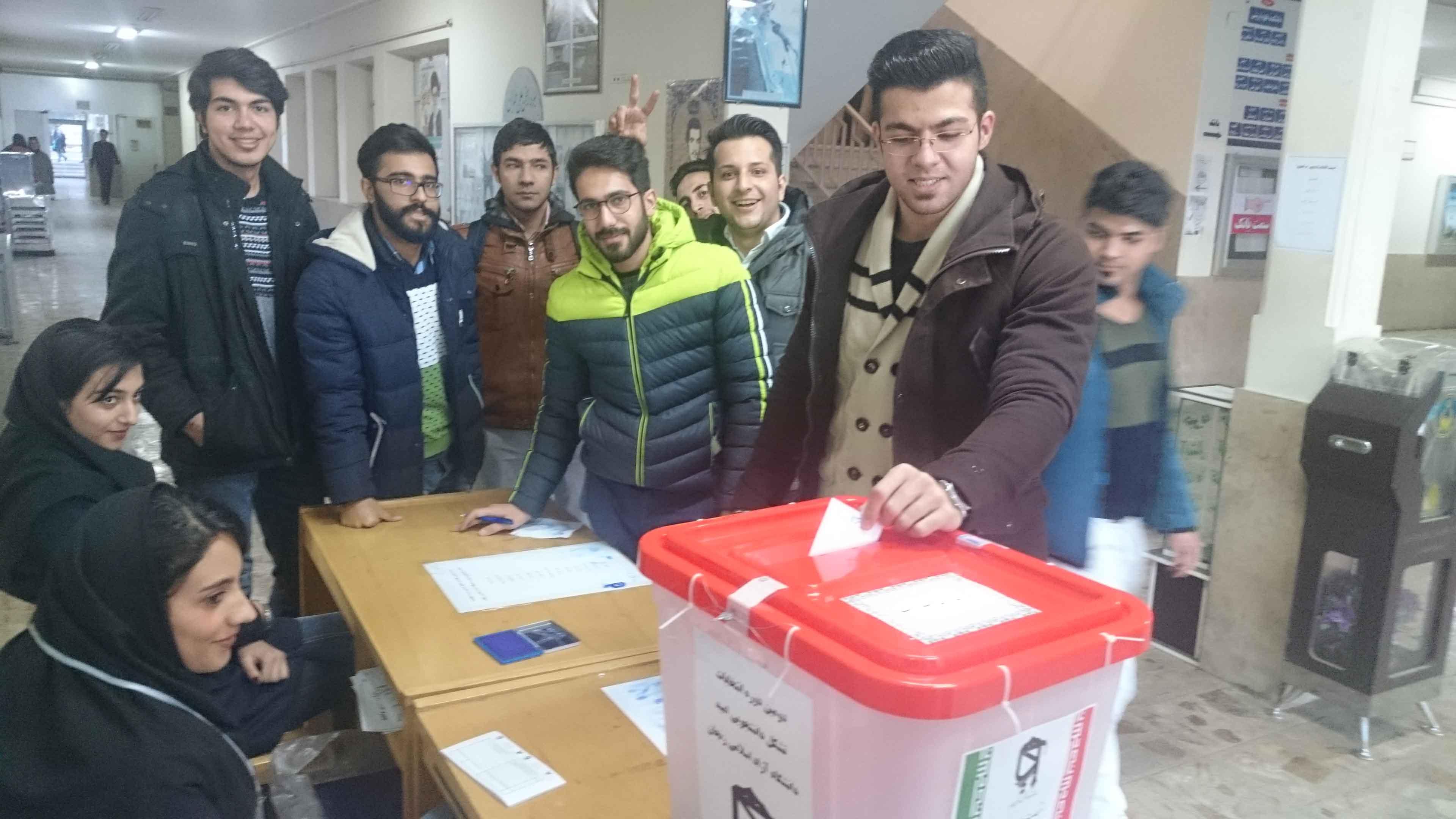 دومین دوره انتخابات شورای مرکزی تشکل امید برگزار گردید.