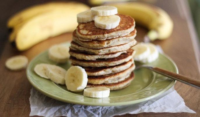 https://www.uplooder.net/img/image/86/0ac7fe3fd0d8fdd7962e917b28b21fd9/banana-pancakes-245136-origin.jpg