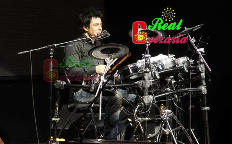 عکس محمدرضا گلزار در کنسرت ریزار