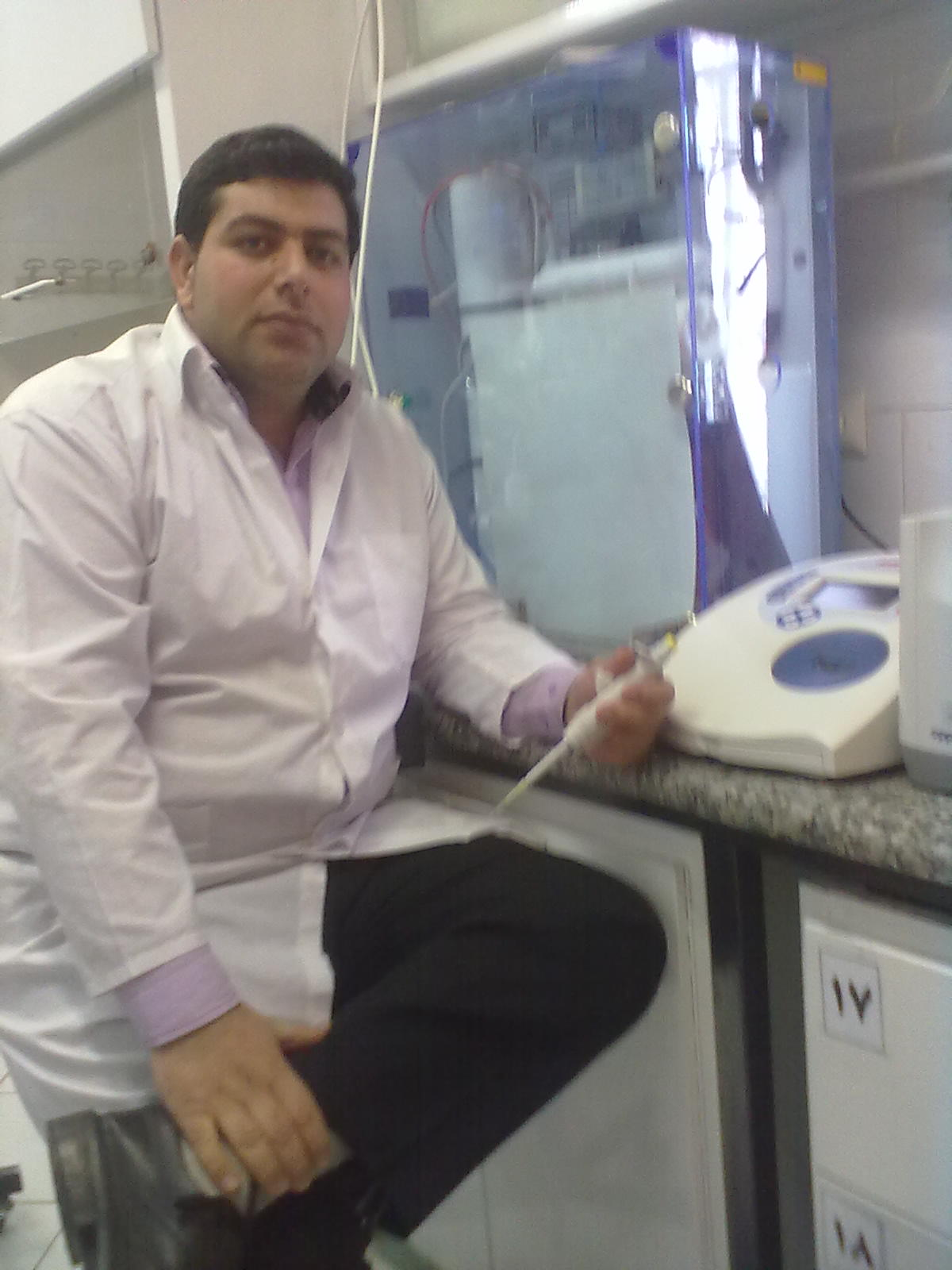 محمد محبی _ بخش بیوشیمی آزمایشگاه
