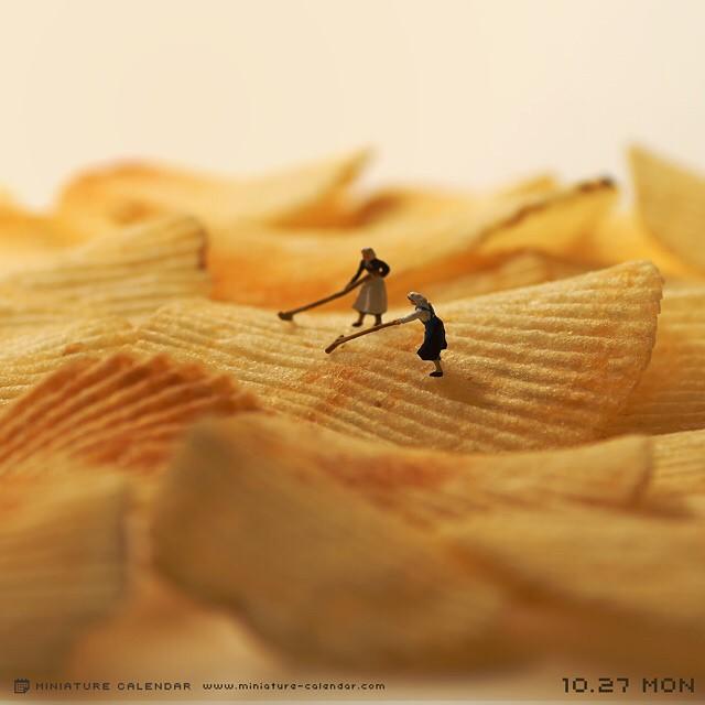 http://www.uplooder.net/img/image/95/c25c7144b49cc3653d93bb70d53978e8/diorama-miniature-calendar-art-every-day-tanaka-tatsuya-191.jpg