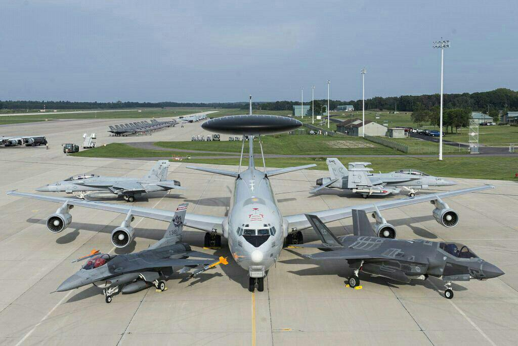 اف-16 فایتینگ فالکن ، ائی-3 سنتری و ...